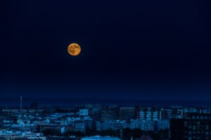 hechizo de luna llena para ser un lider